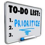 Δώστε προτεραιότητα στο Word για να κάνετε τον κατάλογο διαχειρίζεται το φόρτο εργασίας πολλοί στόχοι διανυσματική απεικόνιση