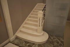 Δώστε των μαρμάρινων σκαλοπατιών Στοκ εικόνα με δικαίωμα ελεύθερης χρήσης