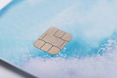 Είδος τσιπ σε μια τραπεζική κάρτα, κινηματογράφηση σε πρώτο πλάνο στοκ φωτογραφία με δικαίωμα ελεύθερης χρήσης