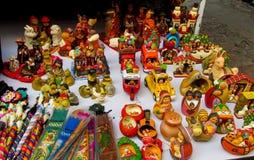 Είδωλα και κούκλες mercado de las brujas στη Βολιβία Στοκ Εικόνες