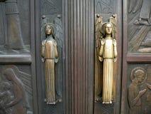 είσοδος πορτών εκκλησιώ Στοκ φωτογραφία με δικαίωμα ελεύθερης χρήσης