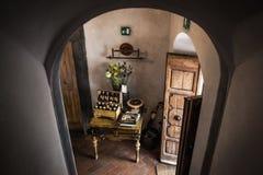 Είσοδος στην ιταλική βίλα r στοκ φωτογραφία με δικαίωμα ελεύθερης χρήσης