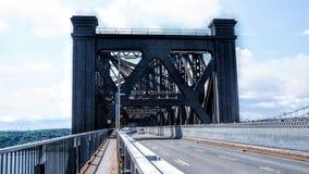 Είσοδος στη γέφυρα του Κεμπέκ στοκ εικόνες