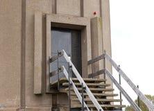 Είσοδος στον παλαιό πύργο νερού Στοκ Εικόνες