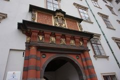 Είσοδος στο ισπανικό οδηγώντας σχολείο στο παλάτι Hofburg στη Βιέννη στοκ εικόνες