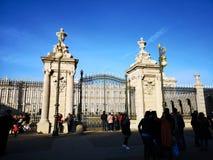 Είσοδος της Royal Palace της Μαδρίτης, Ισπανία στοκ εικόνα