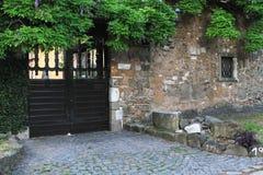 Είσοδος σπιτιών από Appian Way μέσω Appia στη Ρώμη, Ιταλία Στοκ φωτογραφία με δικαίωμα ελεύθερης χρήσης