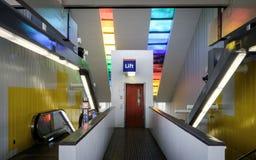 Είσοδος σταθμών μετρό Στοκ φωτογραφία με δικαίωμα ελεύθερης χρήσης