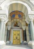 Είσοδος στον καθεδρικό ναό 4 ναύαρχοι στη Σεβαστούπολη Στοκ Εικόνα