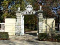 Είσοδος στους κήπους EL Capricho στη Μαδρίτη Στοκ εικόνα με δικαίωμα ελεύθερης χρήσης