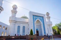 Είσοδος στο κεντρικό μουσουλμανικό τέμενος του Αλμάτι, Καζακστάν Στοκ Εικόνες