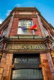 Είσοδος στο χρυσό διαγώνιο μπαρ, Κάρντιφ Στοκ φωτογραφία με δικαίωμα ελεύθερης χρήσης
