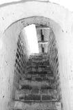 Είσοδος στο arcade του μοναστηριού στη θερινή ημέρα, Ρωσία Στοκ φωτογραφία με δικαίωμα ελεύθερης χρήσης