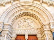 Είσοδος της εκκλησίας StTrophime σε Arles, Γαλλία Στοκ Εικόνα