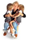 Εγγονές και γιαγιά Στοκ φωτογραφία με δικαίωμα ελεύθερης χρήσης