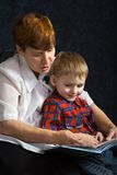 εγγονός γιαγιάδων Στοκ εικόνες με δικαίωμα ελεύθερης χρήσης