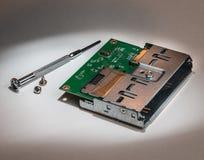 Εγκατάσταση ή επισκευή υλικού υπολογιστών Στοκ εικόνα με δικαίωμα ελεύθερης χρήσης