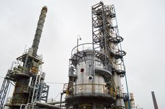 Εγκατάσταση για τον αρχικό καθαρισμό πετρελαίου διυλιστήριο πετρελαίο&up CH Στοκ φωτογραφίες με δικαίωμα ελεύθερης χρήσης