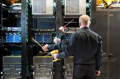 Εγκατάσταση κεντρικών υπολογιστών δικτύων στοκ φωτογραφία με δικαίωμα ελεύθερης χρήσης