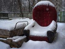 Εγκαταλειμμένα πράγματα snowdrift στοκ εικόνα με δικαίωμα ελεύθερης χρήσης