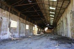 Εγκαταλειμμένη αποθήκη εμπορευμάτων εργαστηρίων ορυχείων Στοκ Εικόνες