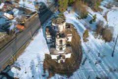 Εγκαταλειμμένη εκκλησία της αεροφωτογραφίας Nativity Καρελία στοκ εικόνες