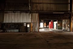 εγκαταλειμμένη παλαιά αποθήκη εμπορευμάτων Στοκ Φωτογραφία