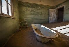 Εγκαταλειμμένη πόλη-φάντασμα Kolmanskop στη Ναμίμπια Στοκ Εικόνες