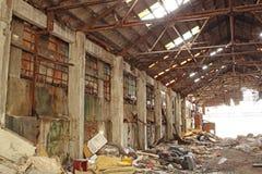 Εγκαταλειμμένος βιομηχανικός φούρνος Στοκ Φωτογραφίες