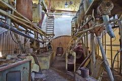 Εγκαταλειμμένο εσωτερικό μύλων Το εργοστάσιο άλεσης δεν λειτουργεί Στοκ φωτογραφίες με δικαίωμα ελεύθερης χρήσης