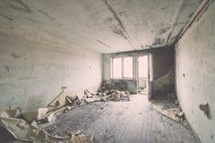 Εγκαταλειμμένο εσωτερικό στις καταστροφές της στρατιωτικής τακτοποίησης - η εκλεκτής ποιότητας EFF Στοκ εικόνα με δικαίωμα ελεύθερης χρήσης