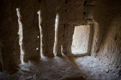 Εγκαταλειμμένο κρητιδικό υπόγειο μοναστήρι σπηλιών, υπόγεια εκκλησία σε Kalach, περιοχή Voronezh Στοκ Εικόνα