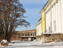 εγκαταλειμμένο κτήμα παλαιό Στοκ Εικόνα