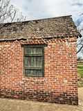 Εγκαταλειμμένο τούβλο Burntout που χτίζει 1 Στοκ φωτογραφία με δικαίωμα ελεύθερης χρήσης