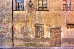 εγκαταλειμμένο alba παλαιό serralunga της Ιταλίας σπιτιών δ Στοκ εικόνα με δικαίωμα ελεύθερης χρήσης