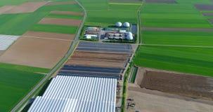 Εγκαταστάσεις βιοαερίων, σύγχρονες εγκαταστάσεις σε έναν πράσινο τομέα, φιλικές προς το περιβάλλον εγκαταστάσεις βιοαερίων, μικρέ απόθεμα βίντεο
