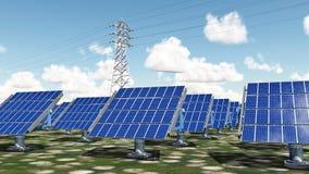 Εγκαταστάσεις ηλιακής ενέργειας και εναέριο ηλεκτροφόρο καλώδιο Στοκ φωτογραφία με δικαίωμα ελεύθερης χρήσης