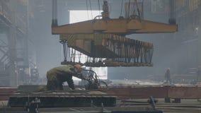 Εγκαταστάσεις ναυπηγικής, εσωτερική ανέγερση εργαστηρίων μ συγκόλλησης των δομών μετάλλων Οι εγκαταστάσεις στο Νοβορωσίσκ φιλμ μικρού μήκους