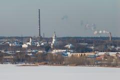 Εγκαταστάσεις, ρύπανση της φύσης στοκ εικόνες