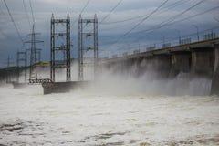 Εγκαταστάσεις υδροηλεκτρικής ενέργειας στο Βόλγα Στοκ Εικόνα