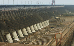 Εγκαταστάσεις υδροηλεκτρικής ενέργειας Itaipu Στοκ Φωτογραφία