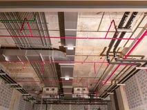 Εγκαταστήστε το airelectrical σύστημα, σύστημα ψεκαστήρων, ηλεκτρικό σύστημα στοκ φωτογραφίες
