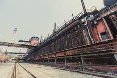 Εγκαταλειμμένες γραμμές παραγωγής εργοστασίων Στοκ φωτογραφίες με δικαίωμα ελεύθερης χρήσης