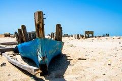 εγκαταλειμμένη βάρκα Στοκ Φωτογραφίες