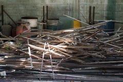 Εγκαταλειμμένη εγκαταλελειμμένη αποθήκη εμπορευμάτων Στοκ Εικόνες
