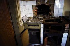 Εγκαταλειμμένη κουζίνα στοκ εικόνα με δικαίωμα ελεύθερης χρήσης