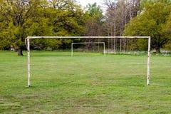 Εγκαταλειμμένη πύλη ποδοσφαίρου Στοκ φωτογραφίες με δικαίωμα ελεύθερης χρήσης