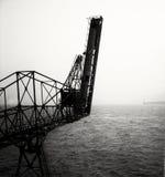 Εγκαταλειμμένος βιομηχανικός γερανός Στοκ φωτογραφίες με δικαίωμα ελεύθερης χρήσης