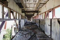 Εγκαταλειμμένος βιομηχανικός σήραγγα ή διάδρομος Στοκ Εικόνες