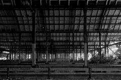 Εγκαταλειμμένος σιδηροδρομικός σταθμός στη Γερμανία Στοκ φωτογραφία με δικαίωμα ελεύθερης χρήσης
